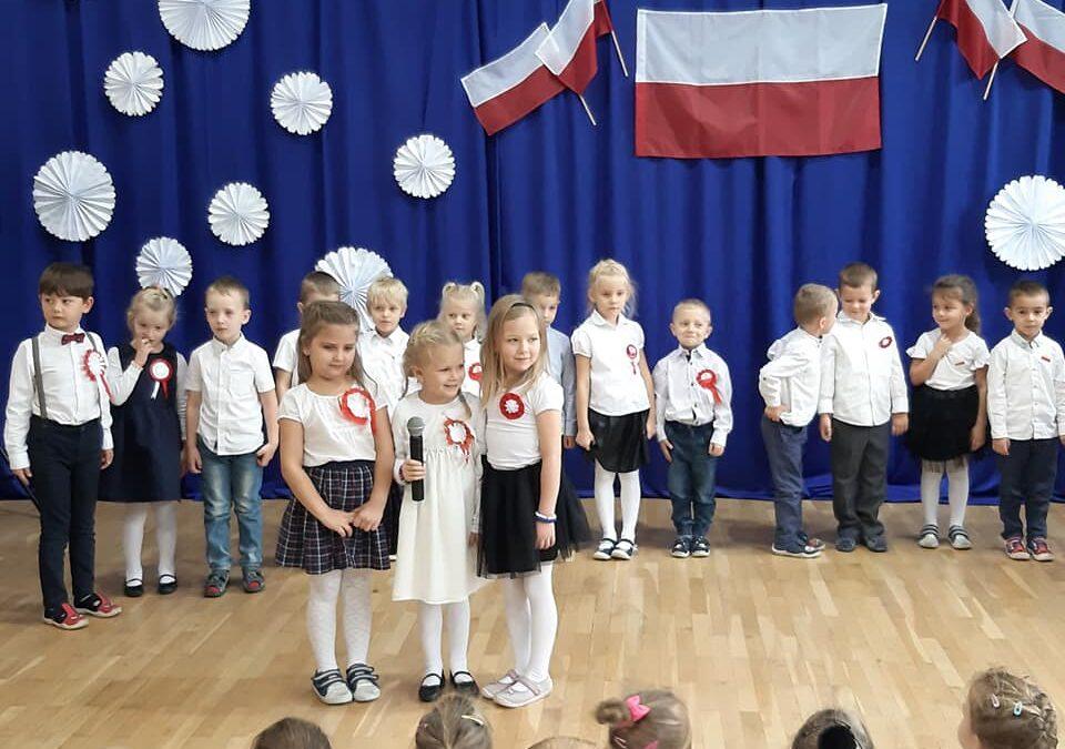 Obchody Narodowego Święta Niepodległości w Przedszkolu Miejskim im. Jacka i Agatki w Człuchowie